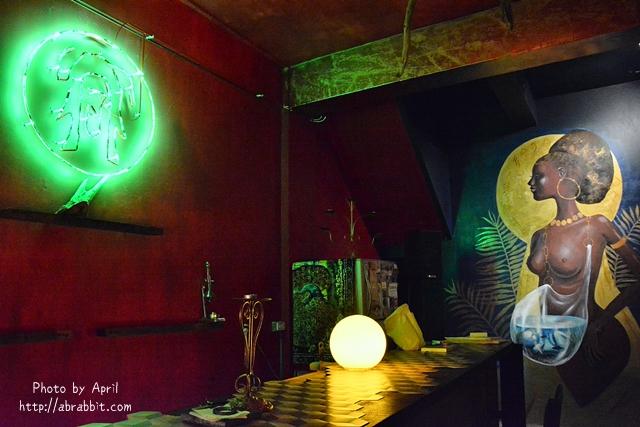 33359571525 91e52b52f4 o - [台中]洞穴The Cave--一個充滿藝術且自由般放氣息的神秘咖啡館兼酒吧@北區 五權路