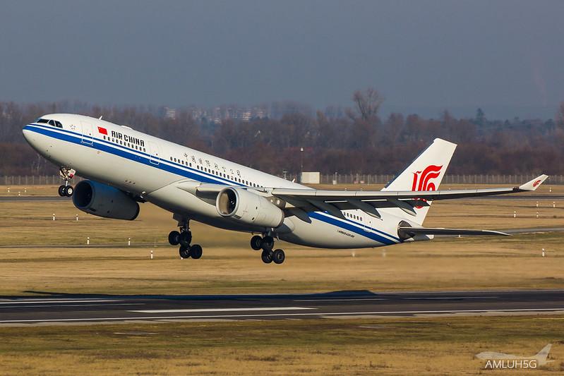Air China - A332 - B6533 (1)