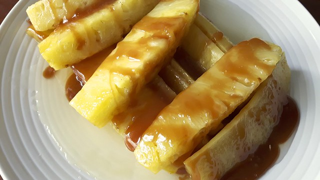 Molasses Cake Pineapple 25