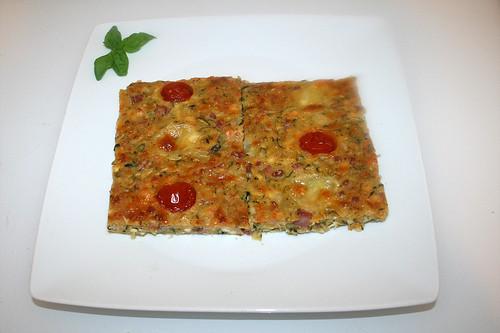 34 - Savory zucchini cake - Served / Herzhafter Zucchinikuchen - Serviert