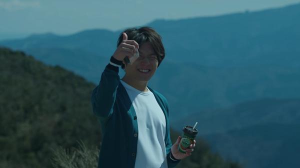 小出恵介も思わず「いいね!」多部未華子が頭にマウントレーニアを乗せてバランスとる!『ドライブ篇』公開!