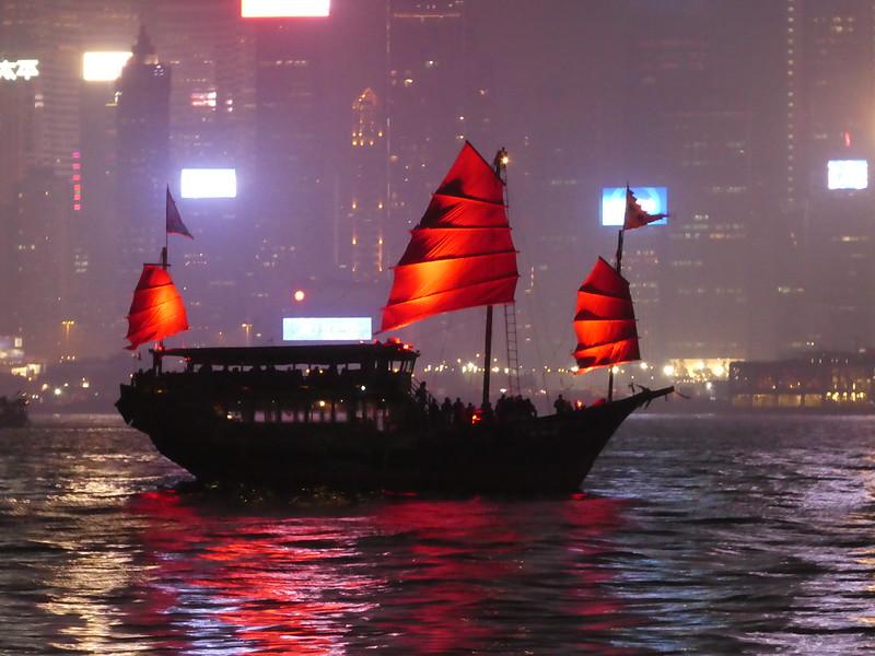 Aqua Luna, Victoria Harbour, Hong Kong