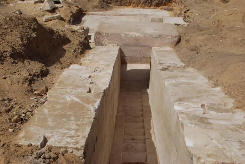 Pyramid-Egypt-2