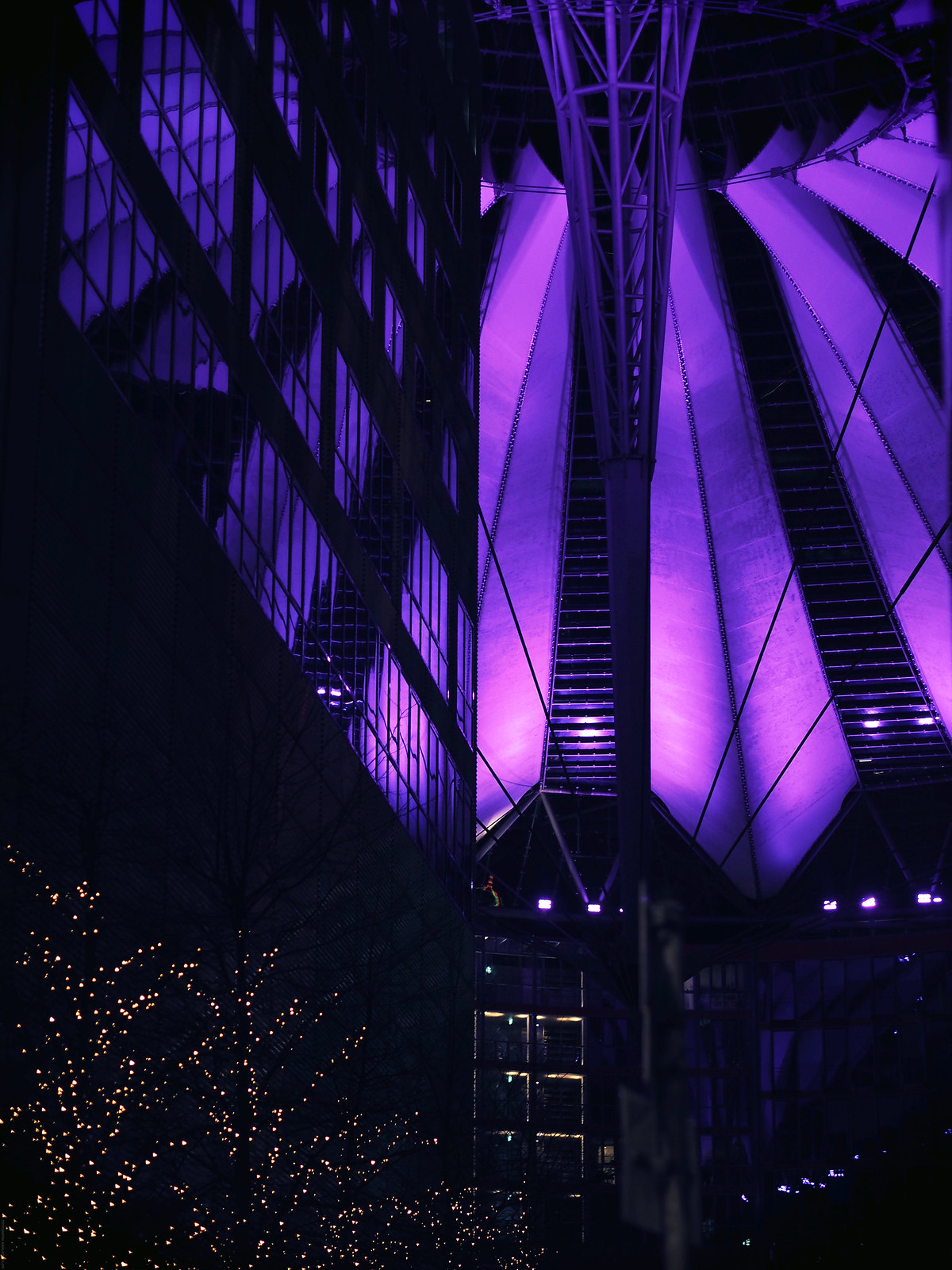 Sony Centre Berlin Night Photography Lilac_effected