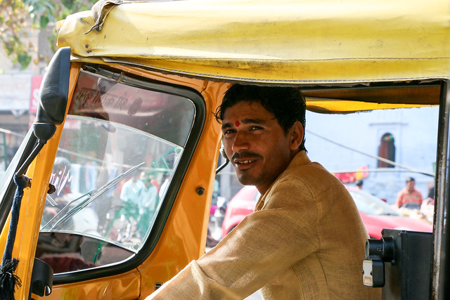 Portrait of a rickshaw driver, Jodhpur, India ジョードプル リキシャードライバー