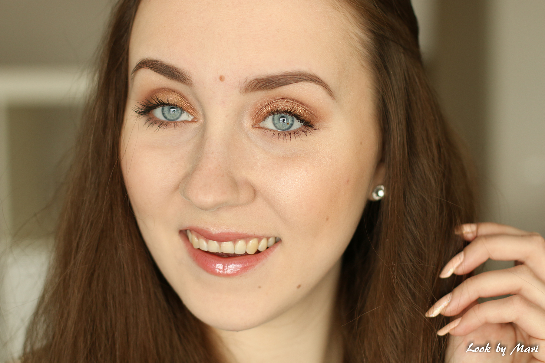 9 estee lauder double wear meikkivoide vaalealla kalpealla iholla