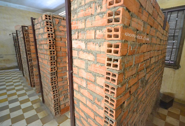 tuol sleng genocide museum brick cells