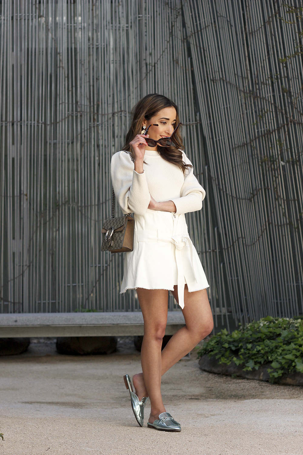 White skirt white sweater blue light mules uterqüe gucci bag céline sunnies spring outfit style outfit04