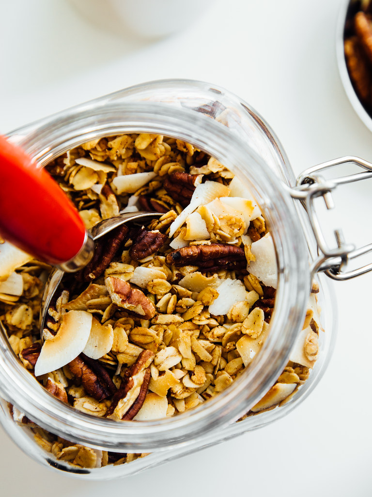 Naturally sweetened toasted coconut granola