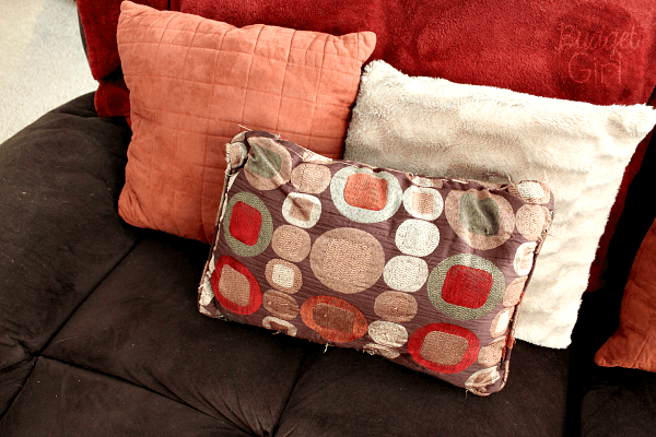 Eclectic Pillow Cases : Easy Chunky Knitted Throw Pillow Cases - Tastefully Eclectic