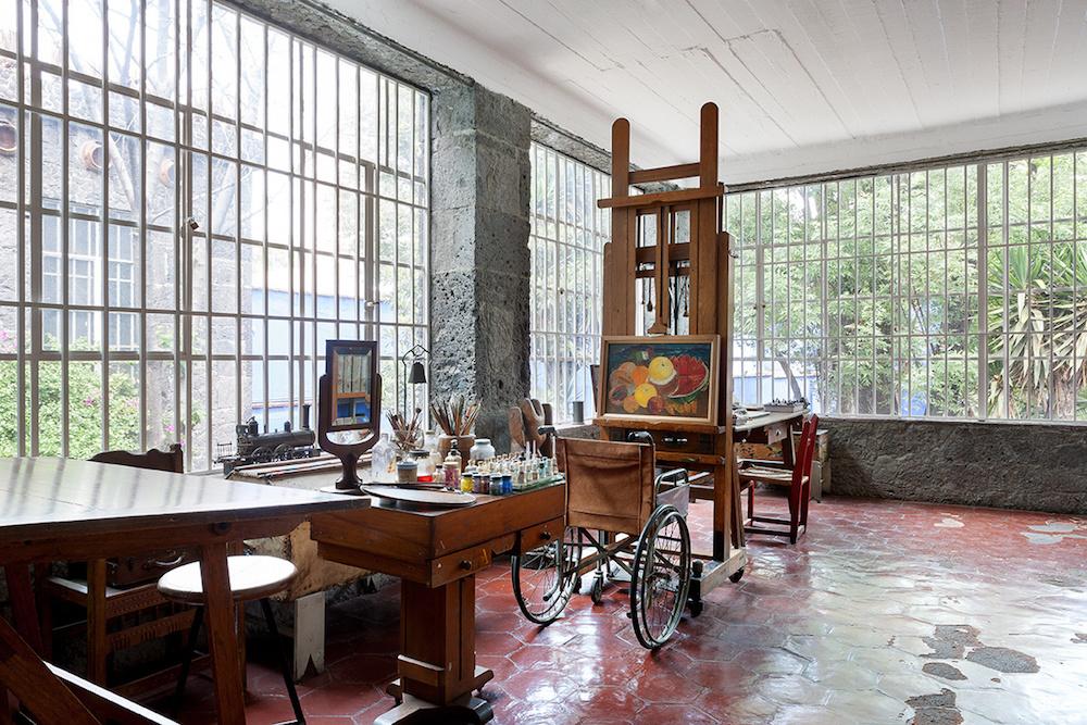 la_casa_de_frida_kahlo_en_cayoacan_mexico_245901784_1200x800