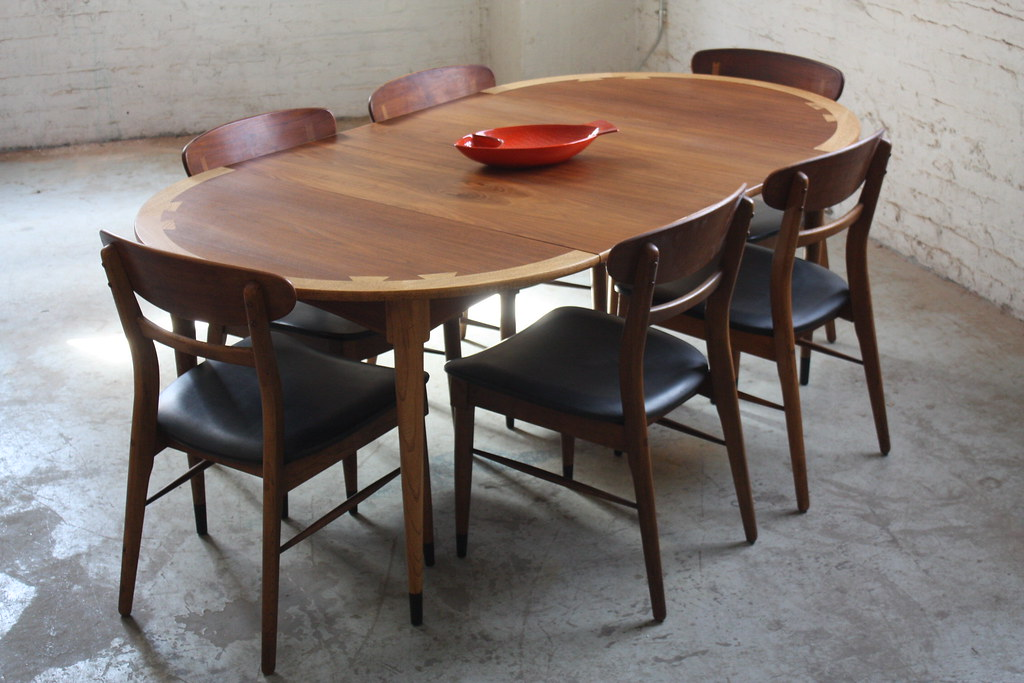 ... 1960s Splendid Lane Acclaim Mid Century Modern Expandable Round Dining  Table And Chairs (U.S.A., 1960s