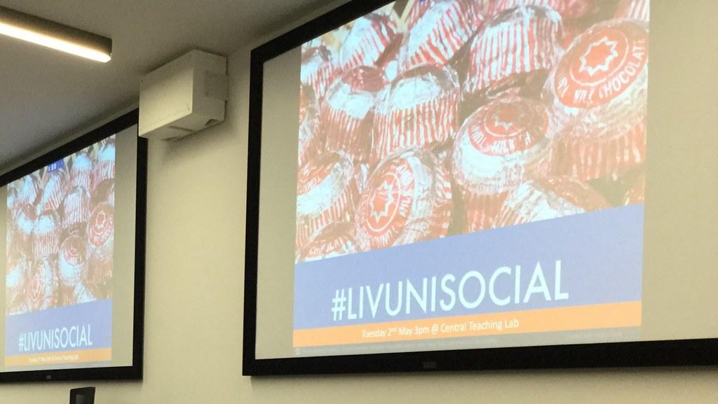 #LIVUNISOCIAL presentation slide