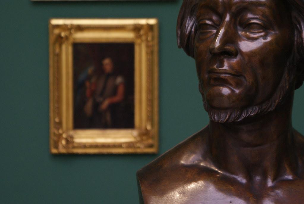 Buste du poète romantique Adam Mickiewicz au musée d'art du 19e à Cracovie.