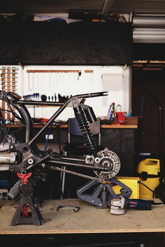 Promis, ce sera un beau CX racer ! - Page 2 34195483316_6d4b5d5177_c