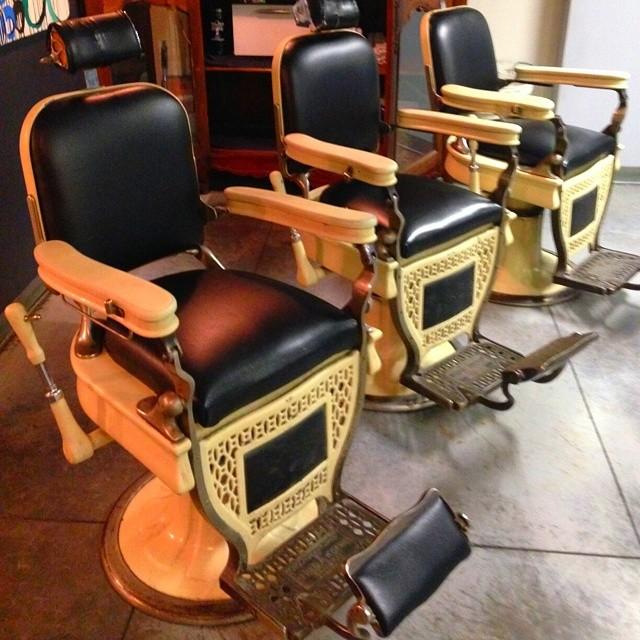 ... CHAIRS$$$$$ :-) Antique barber chair - AVAIL CHAIRS$$$$$ :-) Antique Barber Chair Restoration … Flickr