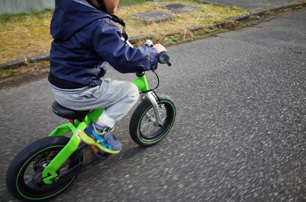 へんしんバイク バイクモードで疾走
