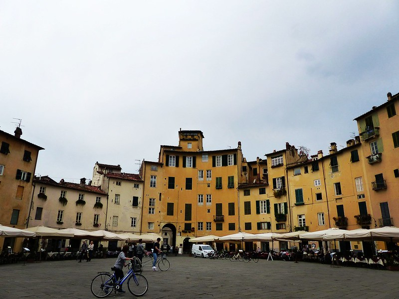 this is a picture of the Piazza dell'Anfiteatro in Lucca