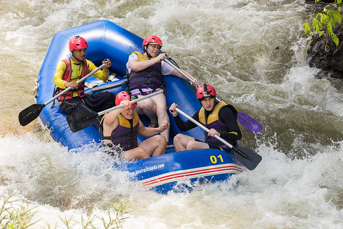 Whitewater rafting, Phuket island, Thailand | by forum.linvoyage.com