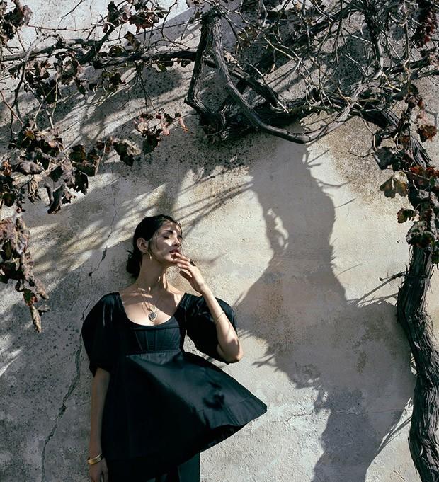 Amanda-Wellsh-Porter-Yelena-Yemchuk-11-620x681
