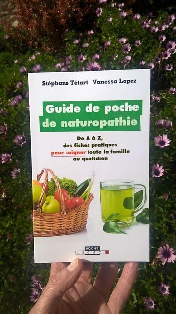 Guide-de-poche-de-naturopathie-fleurs