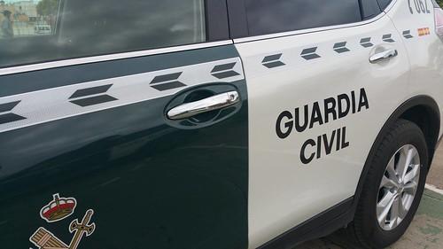 AionSur 33962405191_b8e0e8344b_d Detenidas dos personas por un delito de hurto de naranjas Carmona Provincia Sucesos