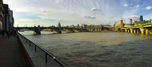 South Bank one afternoon in spring #afternoon #thames #southbank #spring