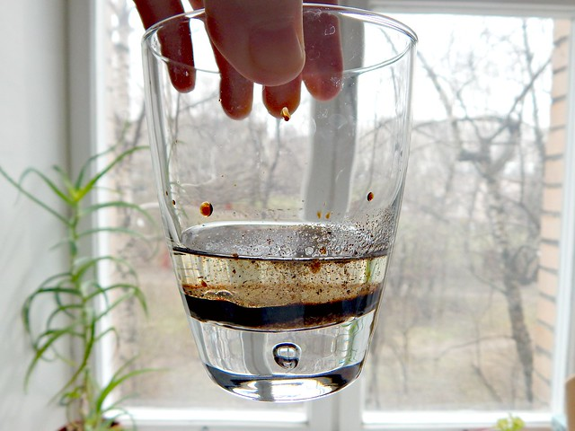 разделение жидкостей - уксус, масло и специи | oil, balsamic vinegar and spices