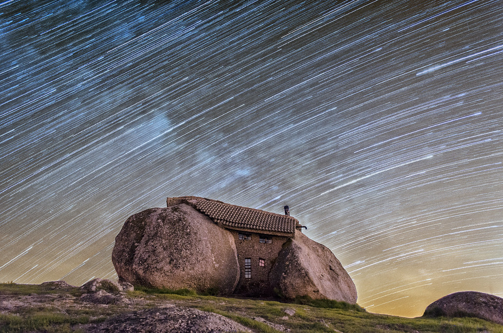 Flintstones House, StarTrail