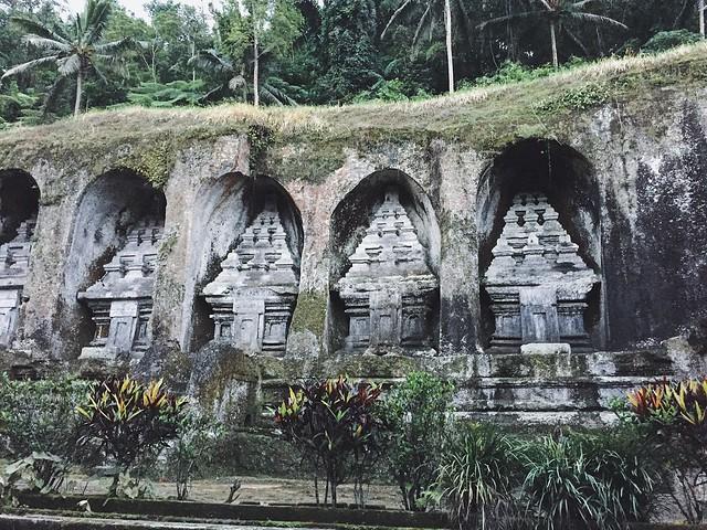 manlul_bali_indonesia_travel_temple_ubud_