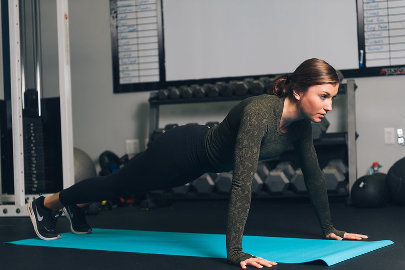 Core Exercises Fitness Model - Must Link to https://thoroughlyreviewed.com