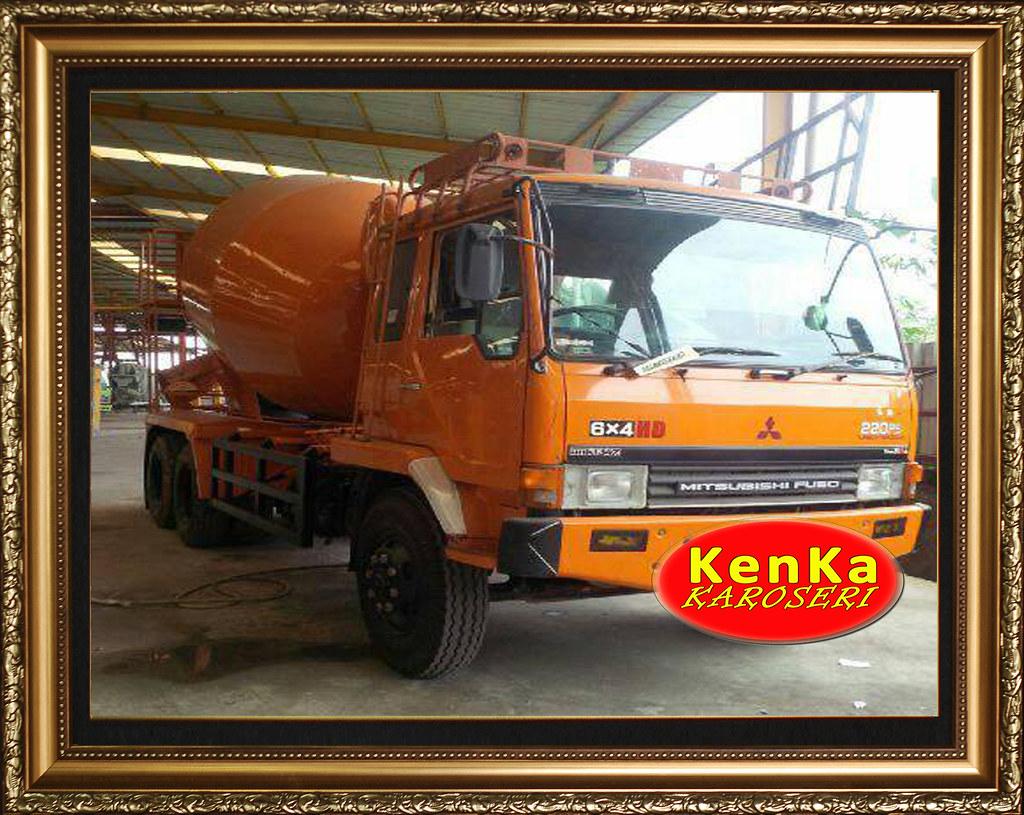 Karoseri Truck Mixer Mitsubishi - 3