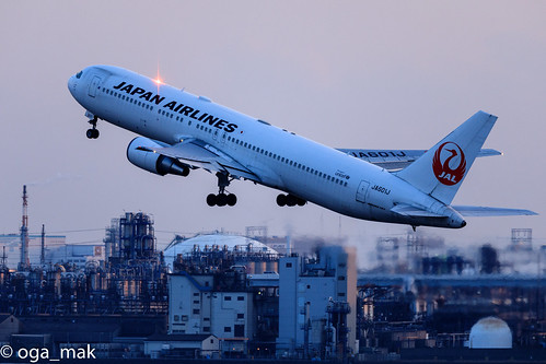 LR-7577-2.jpg