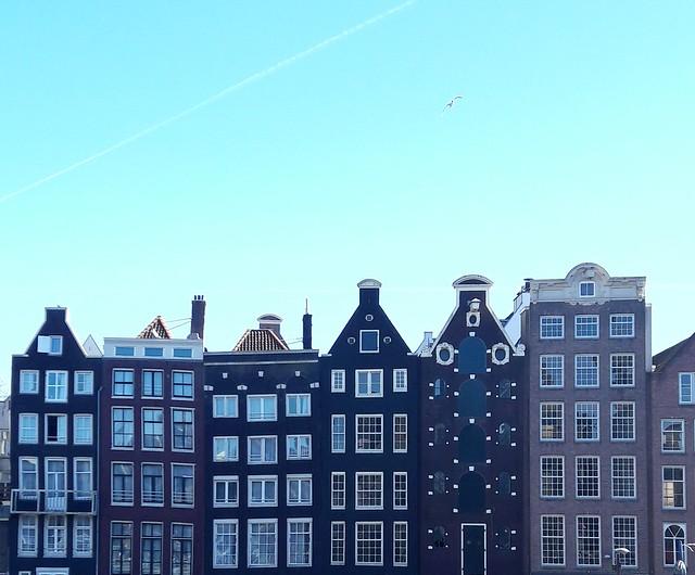 perché le case di Amsterdam sono storte