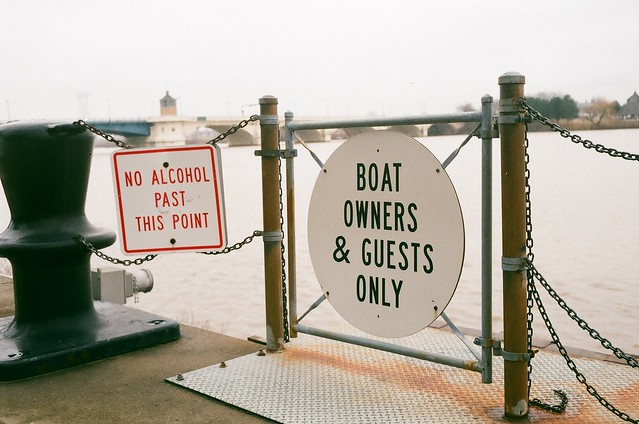 Boat Owners & Guests Only