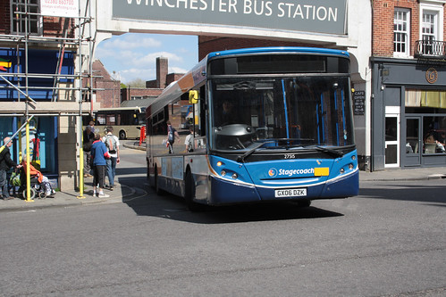 Stagecoach South 27515 GX06DZK