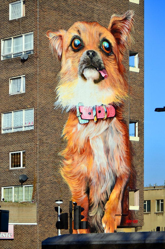 Boe and Irony / 'Chihuahua' | Four-storey dog mural at ...