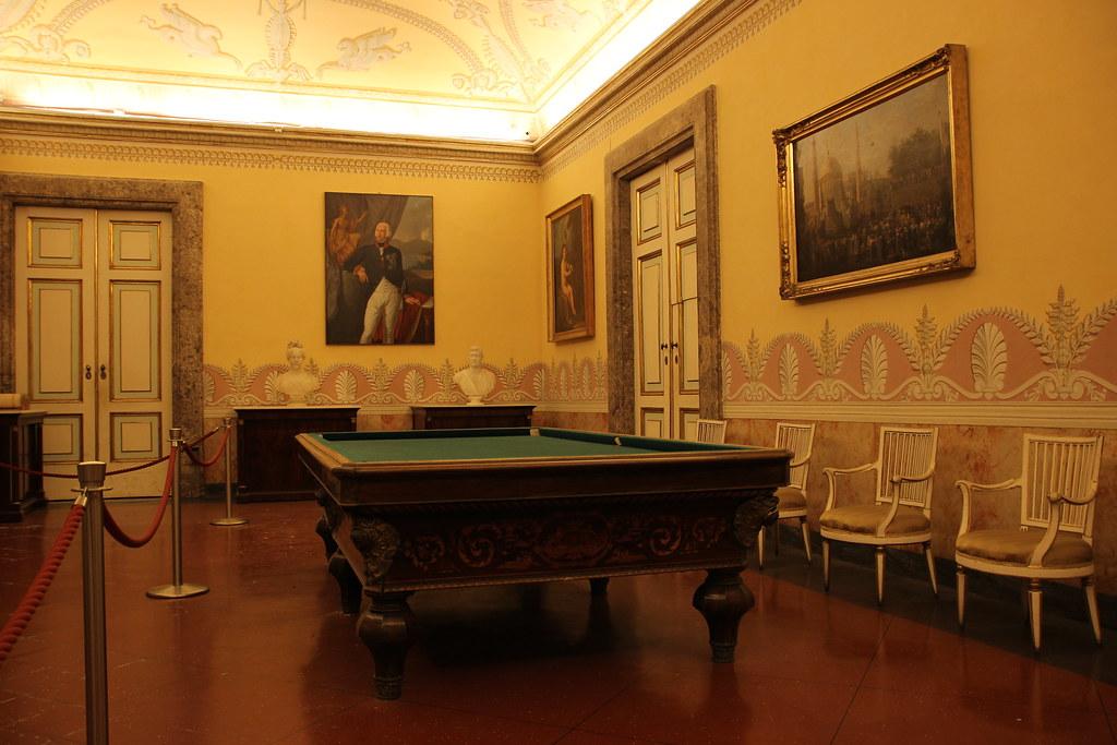 Sala Da Biliardo In Inglese : Reggia di caserta sala del biliardo the royal palace of u2026 flickr