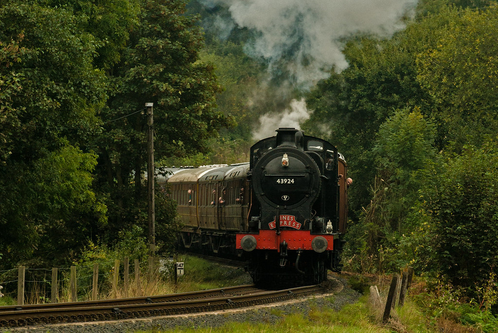 Lms Br 0 6 0 Class 4f Fowler Steam Locomotive 43924 Flickr
