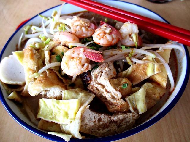 Delta Seafood & Cafe Sarawak laksa 1
