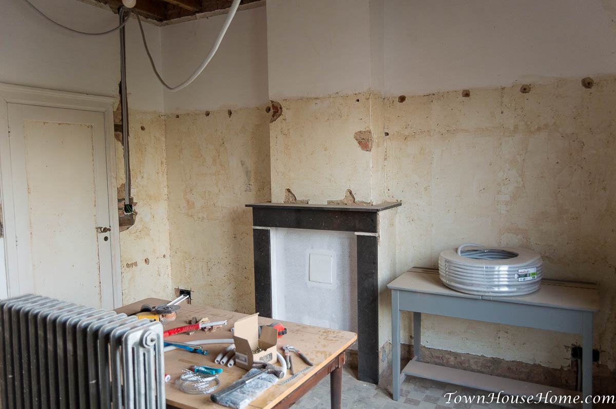first floor mantel before patching
