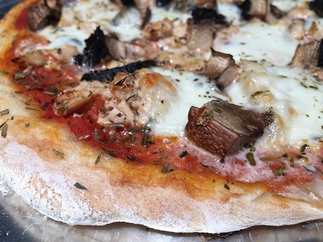 Albacore Tuna / Portabella Pizza