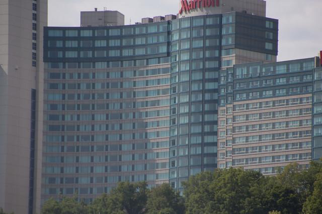 Honeymoon Hotel Niagara Falls