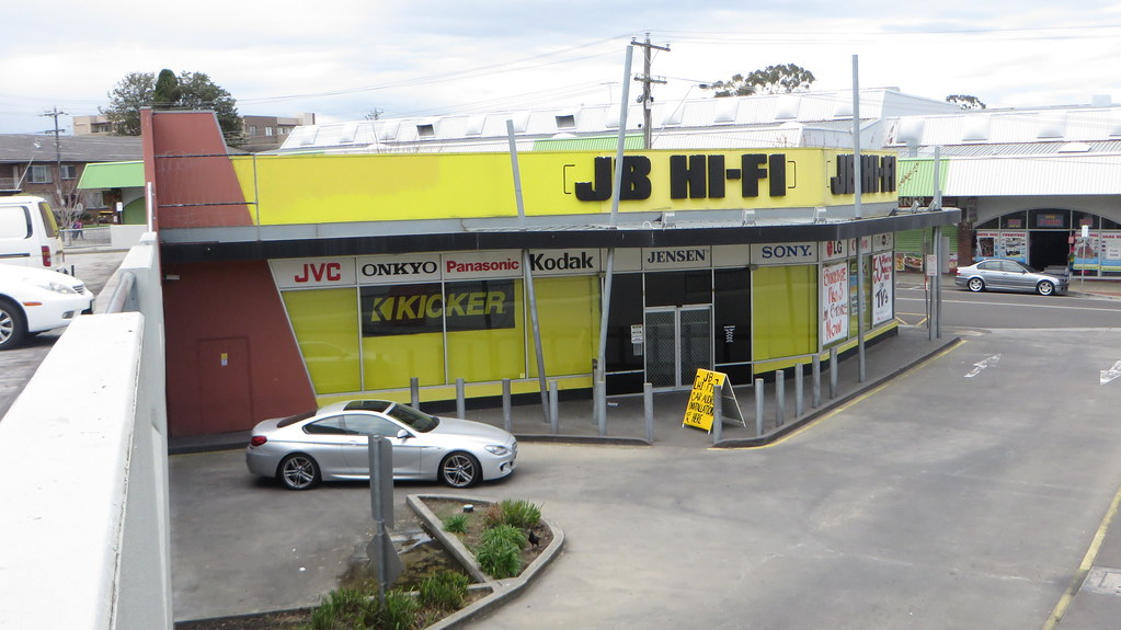 Refer to the 2014 annual report of JB Hi-Fi Limited on its website