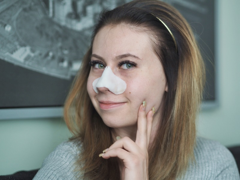 missha-aqua-mask-face-eyelashes