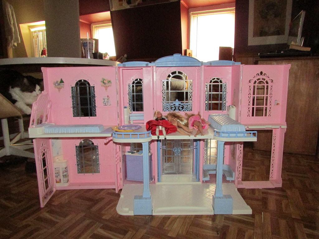 Barbie Grand Hotel Sidewalk Score It Ll Be The New Monste Flickr