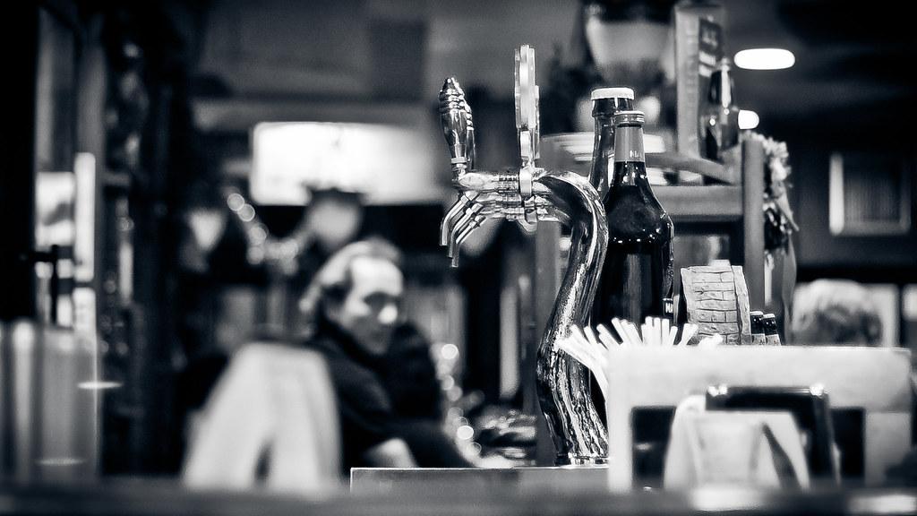 Resultado de imagen de Hernán pinera Beer tap