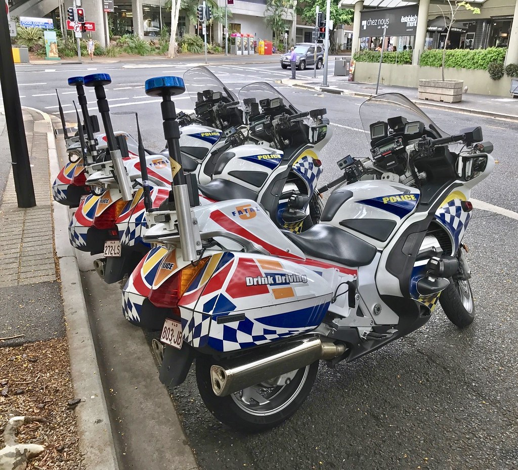 Queensland police service honda st1300 bikes and decals for Castle honda service