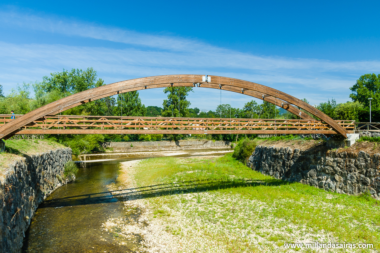 Puente sobre el río Güeña