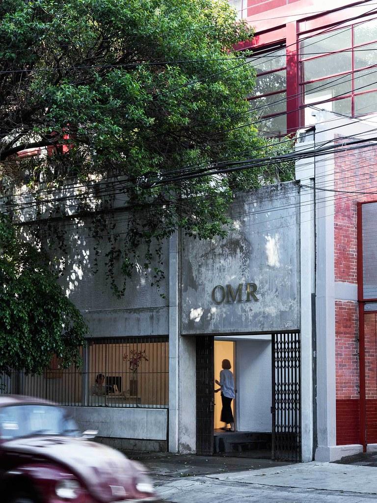 Villa renovation for Galería OMR by Mateo Riestra, José Arnaud-Bello and Max von Werz Sundeno_18